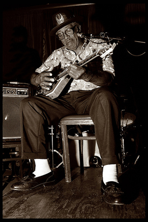 Bo Diddley Live by <a href=