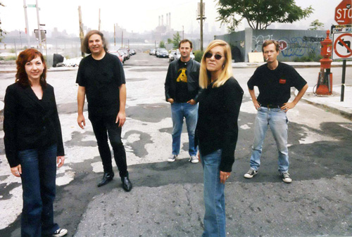 Mary Weiss with the Reigning Sound 2006 by Batman Perez