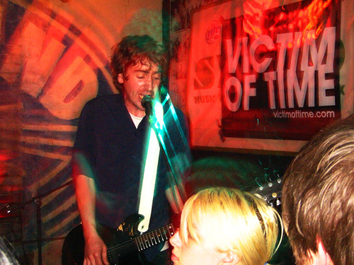 Overnight Lows Live at Beerland 2007 by Todd Killings